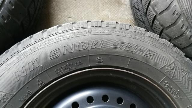 4 roues hiver sur jante acier 215/65R15 100H Img_2030
