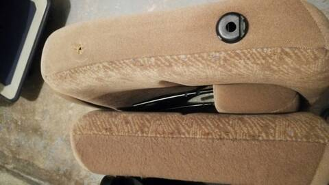 Deux sièges arrière Chrysler Grand Voyager S3 (année 2000) Img_2034