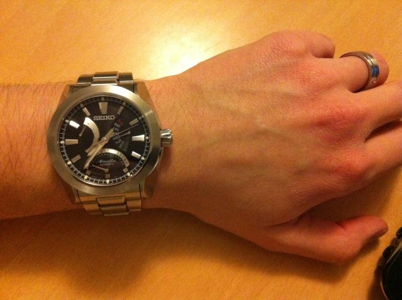 la taille  de vos poignets et celui de vos montres - Page 3 Ananta10