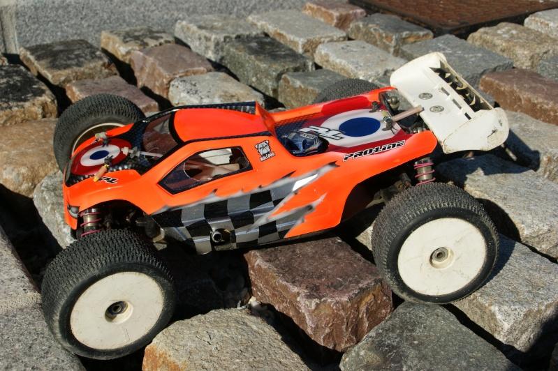 """les nouvelles couleur du """"Jojo RC Racing Team"""" Dsc05012"""