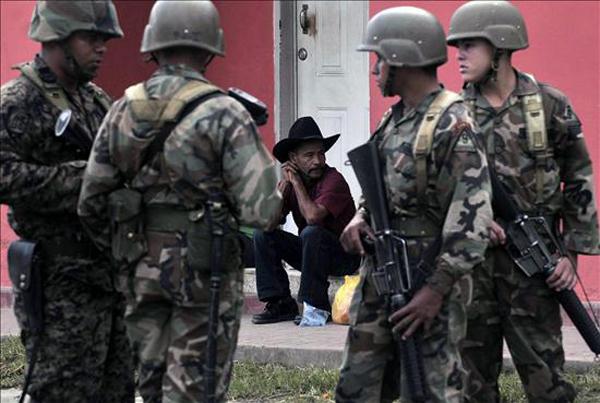 armée du Honduras. Arton110