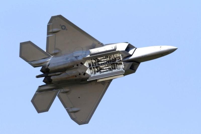 F-22 Raptor - Page 16 F-22-r16