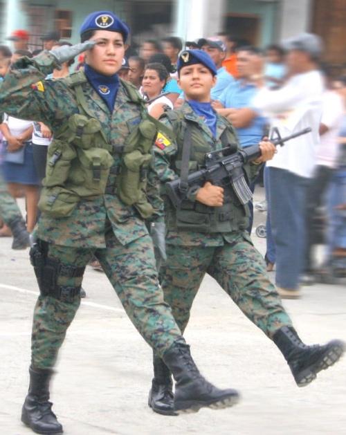Armée Equatorienne/Fuerzas Armadas del Ecuador - Page 3 Rando111