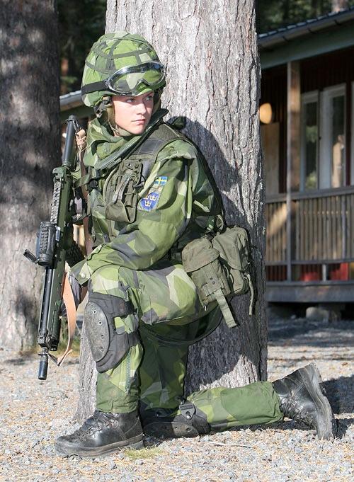 soldates du monde en photos - Page 7 Rando118