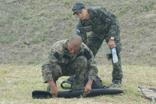 armée du Honduras. Sniper10