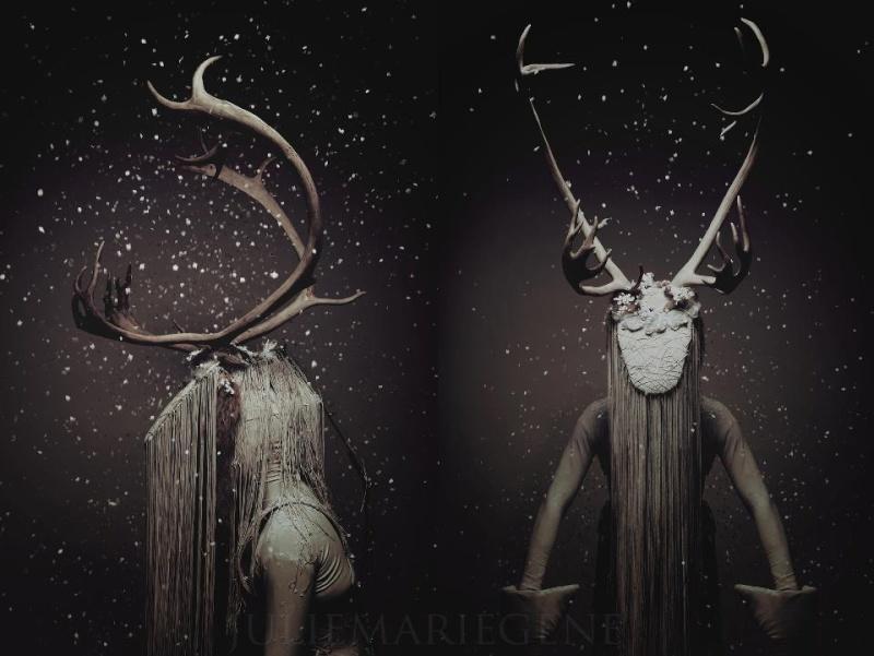 Cerfs, sculptures et taxidermies, une mode? un mythe ou un symbole? 60252410