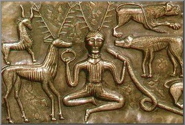 Cerfs, sculptures et taxidermies, une mode? un mythe ou un symbole? Cernun10