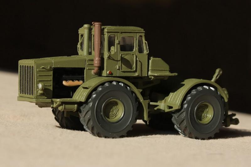 Kirovets K-700 Icarcz10