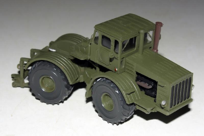 Kirovets K-700 Icarcz13