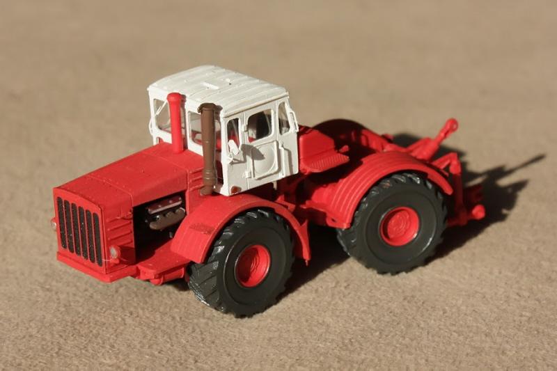 Kirovets K-700 Icarcz18