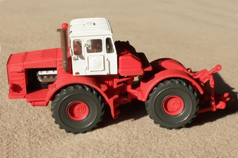 Kirovets K-700 Icarcz19