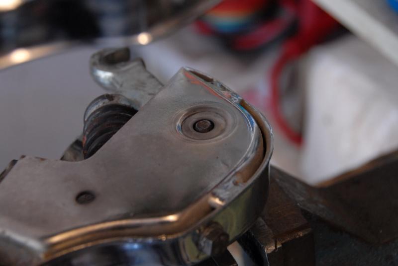 Montage rapide et facile des amortisseurs de fourche. 0610