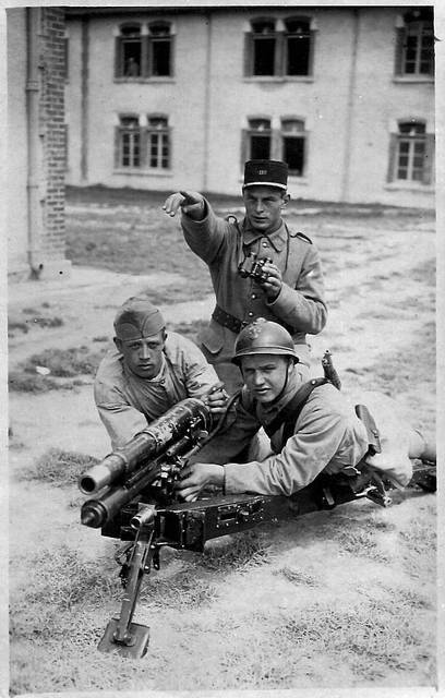 pièce d'artillerie Canond10