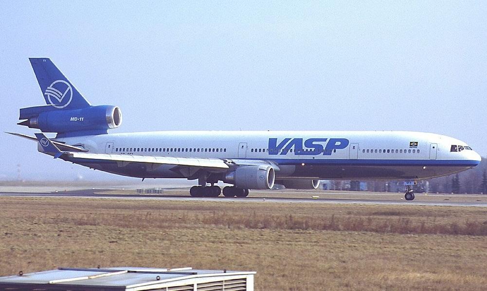 MD-11 in FRA 01938110