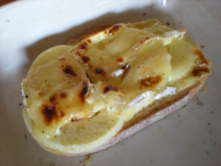 Tartine au pomme et camembert Tartin10