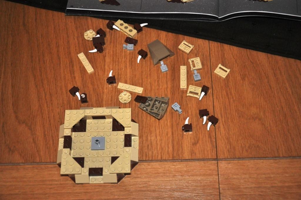 Lego - 6210 - Barge de Jabba Dsc_0100