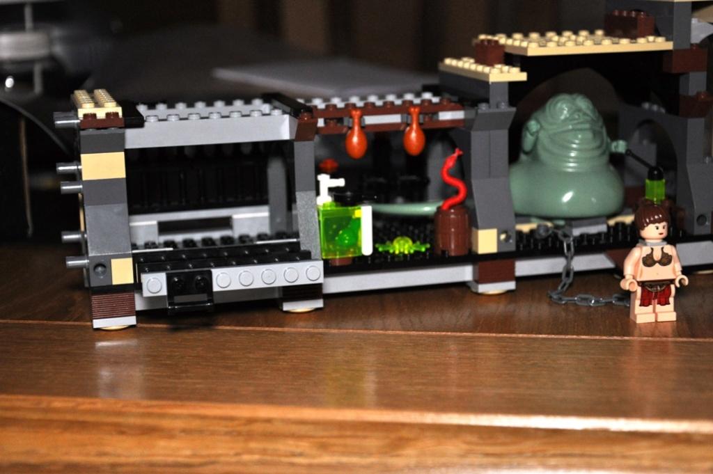 Lego - 6210 - Barge de Jabba Dsc_0120