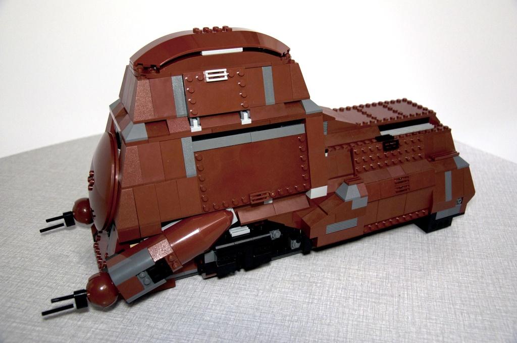 Lego - 7662 - Trade Federation MTT Dsc_0411