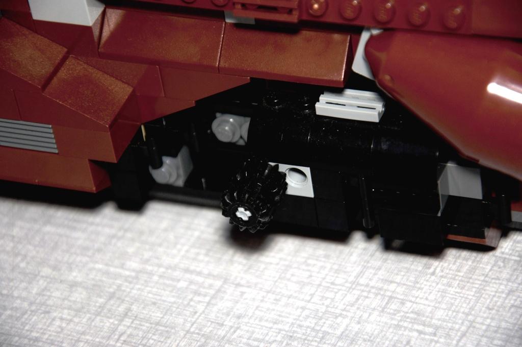 Lego - 7662 - Trade Federation MTT Dsc_0415