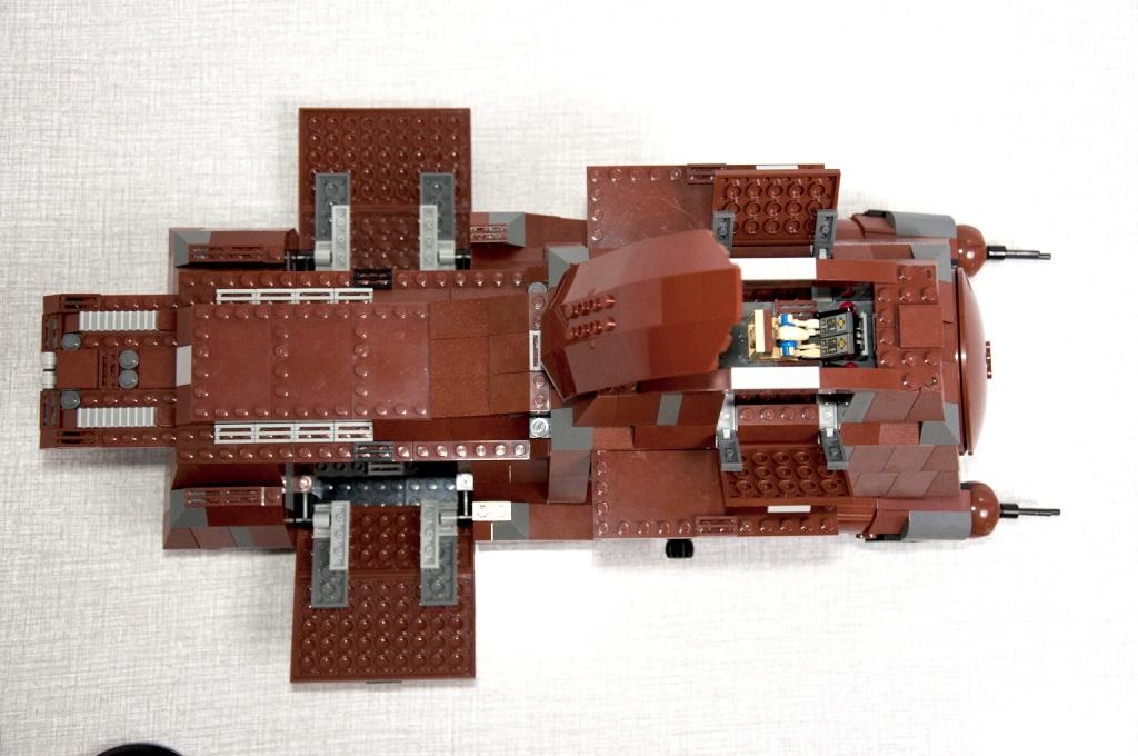 Lego - 7662 - Trade Federation MTT Dsc_0436