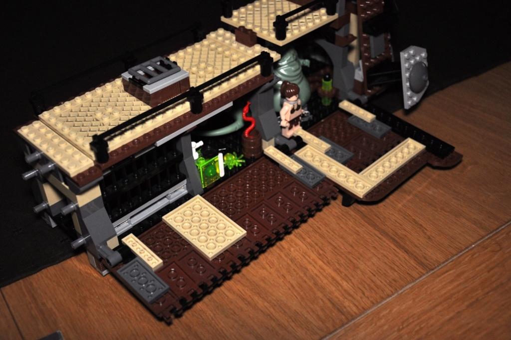 Lego - 6210 - Barge de Jabba Dsc_0513