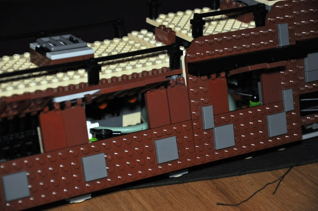 Lego - 6210 - Barge de Jabba Dsc_0515