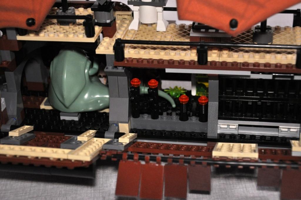 Lego - 6210 - Barge de Jabba Dsc_0524