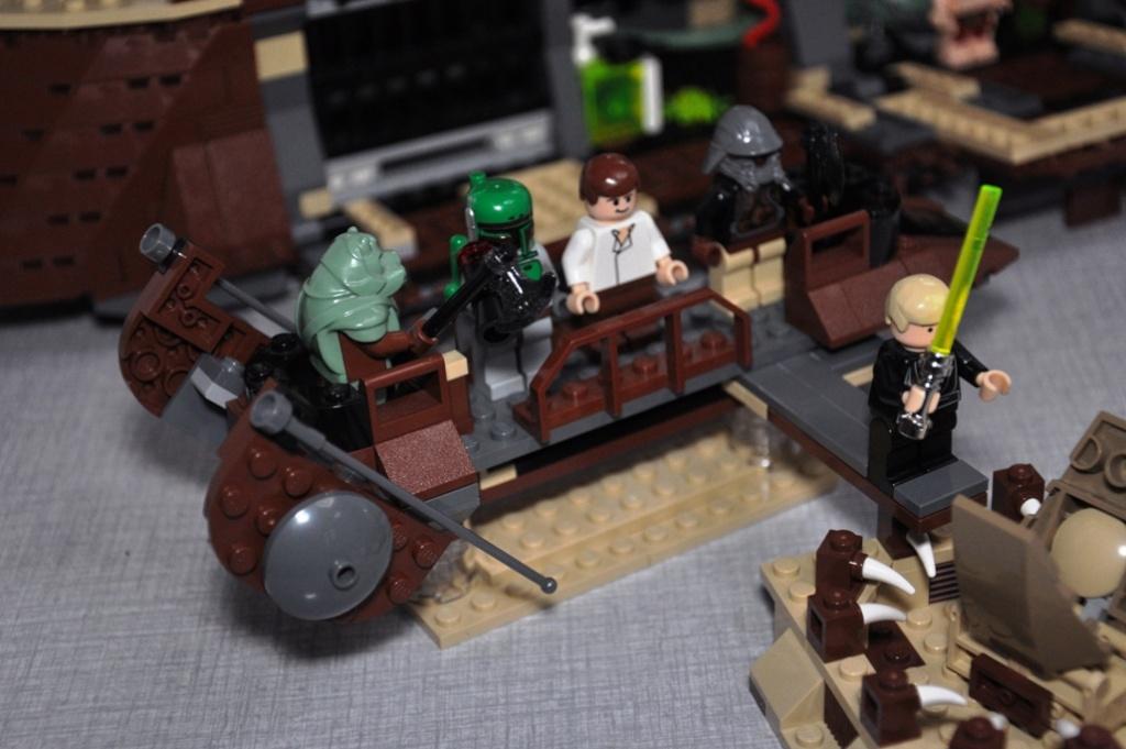 Lego - 6210 - Barge de Jabba Dsc_0535