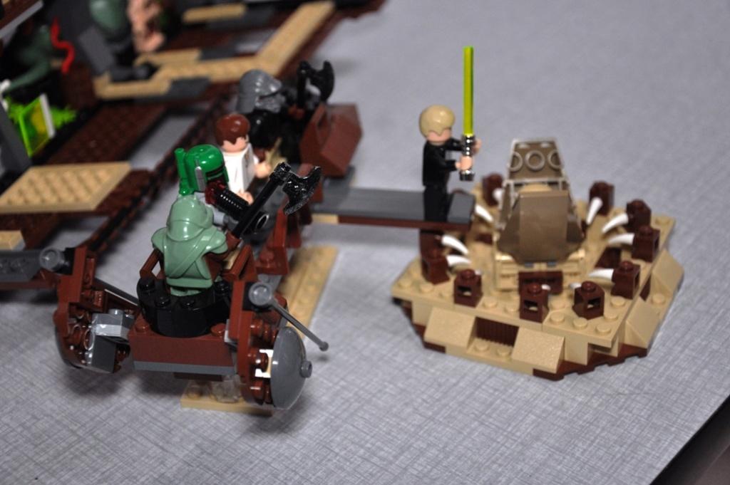 Lego - 6210 - Barge de Jabba Dsc_0536