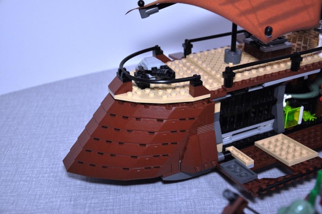 Lego - 6210 - Barge de Jabba Dsc_0541