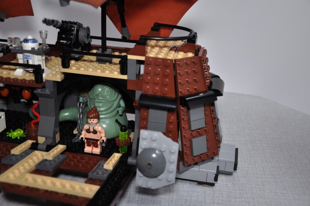 Lego - 6210 - Barge de Jabba Dsc_0542