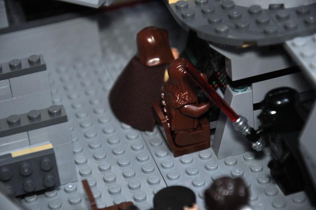 LEGO STAR WARS - 7965 - Millennium Falcon  Dsc_0560