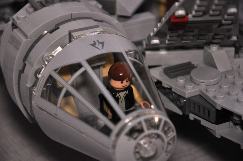 LEGO STAR WARS - 7965 - Millennium Falcon  Dsc_0562