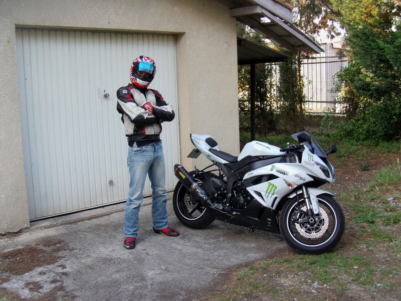 zx6r blanc 2010 MONSTER Imag0110
