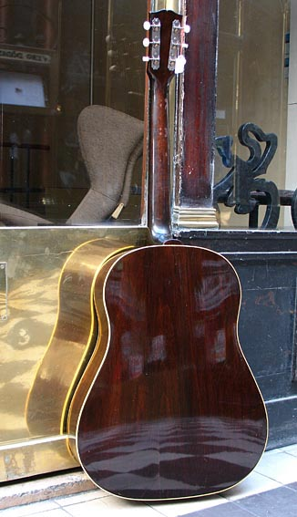 Gibson J45 Banner J45-4512