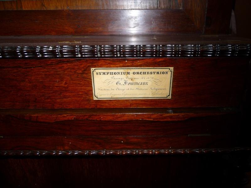 un symphonium orchestrion (à sommier vertical) de Fourneaux P1090417