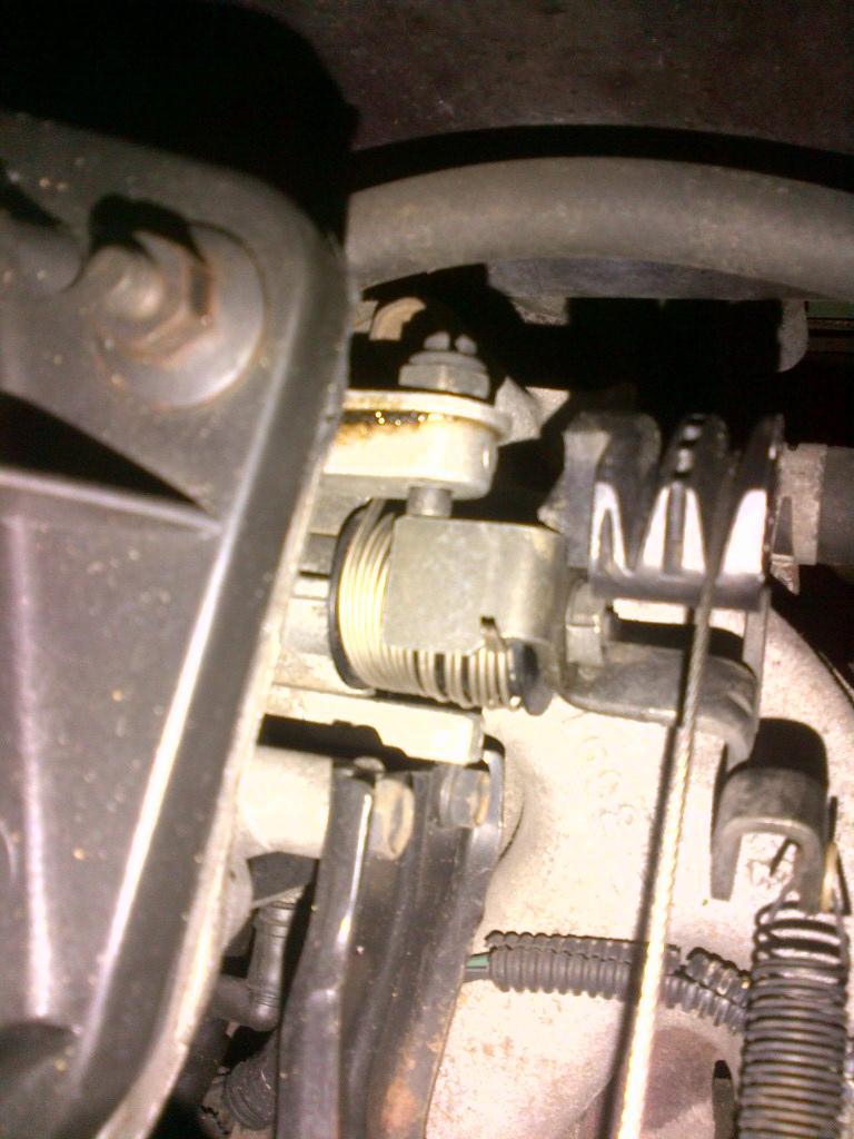 Problème cable d'accélérateur  - Page 2 S2_cab11