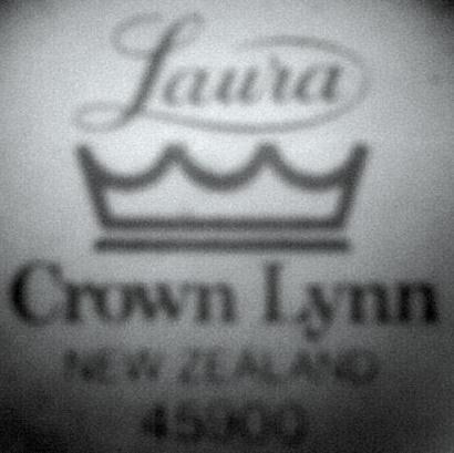 Laura d 45900 02910