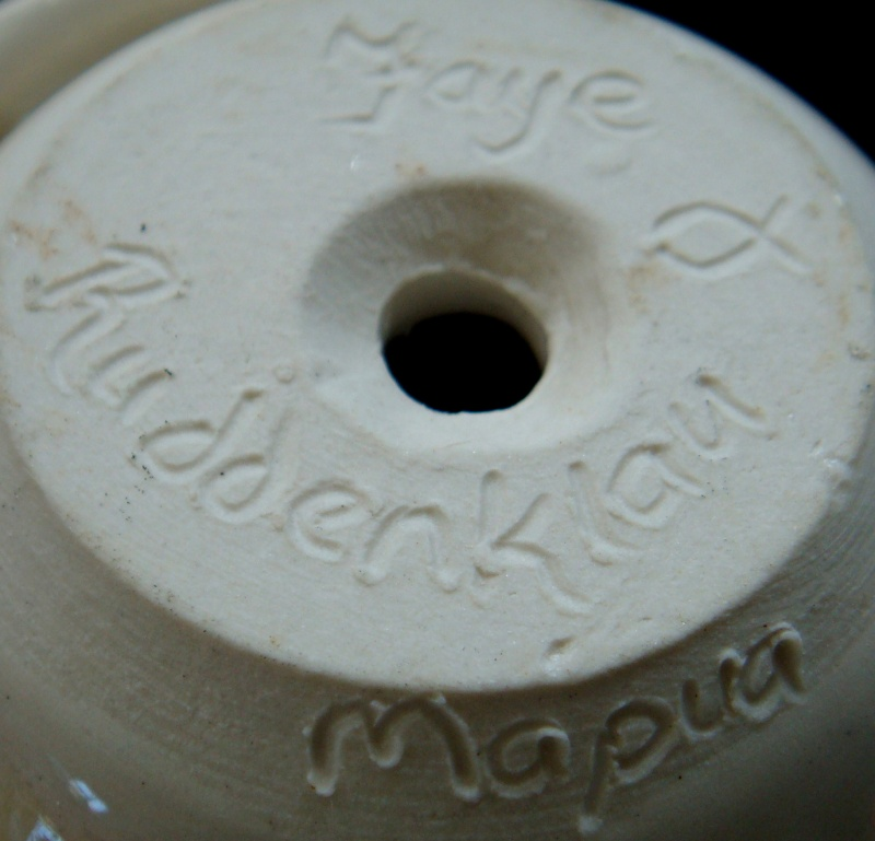 Faye Ruddenklau Pottery mark, Mapua, for the gallery Dsc00650