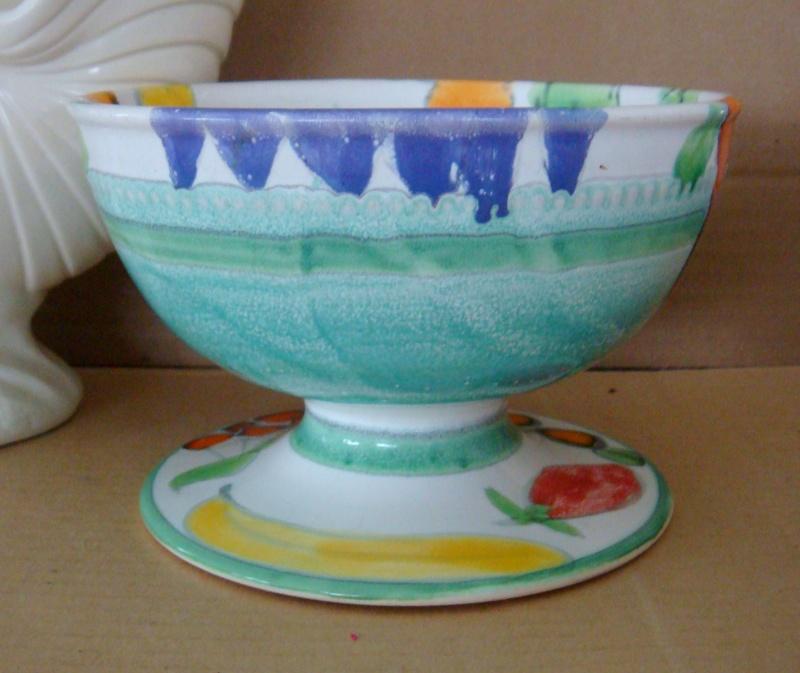 Crown Lynn & Catherine Anselmi stamped fruit bowl !! Dsc00810