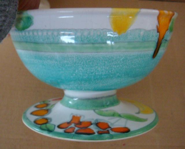 Crown Lynn & Catherine Anselmi stamped fruit bowl !! Dsc00812