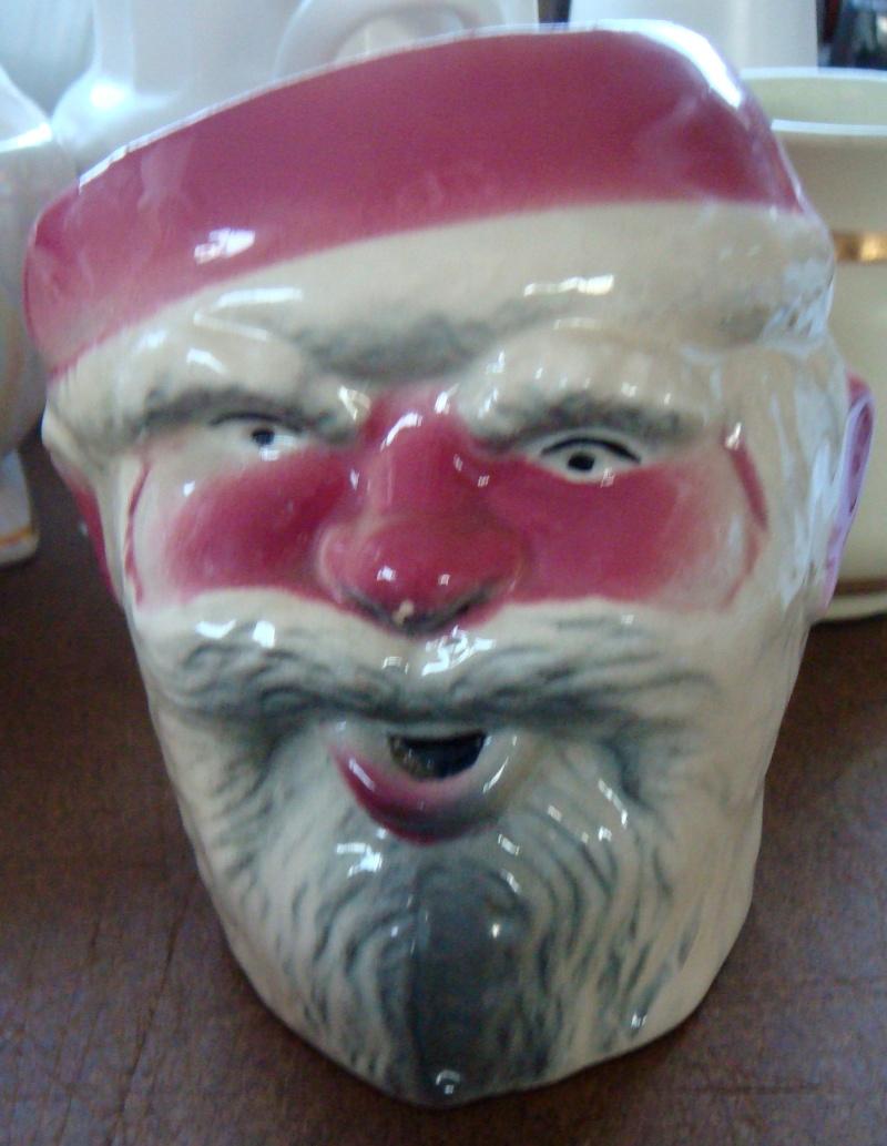 431 Santa mug and 432 toby jug INQUEST. Dsc02932