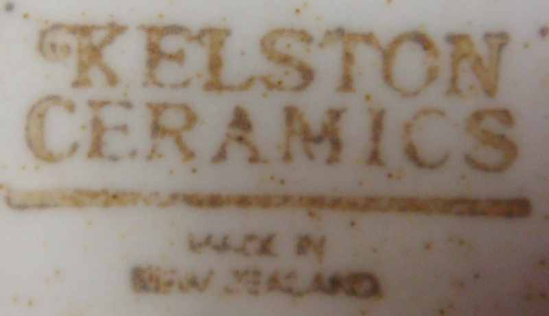 No Name Kelston Ceramics Bowl Horse drawn coach ~ Dsc06215