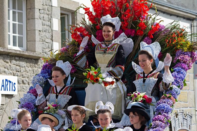 Fête des Fleurs d'Ajonc 2011 Pont2011