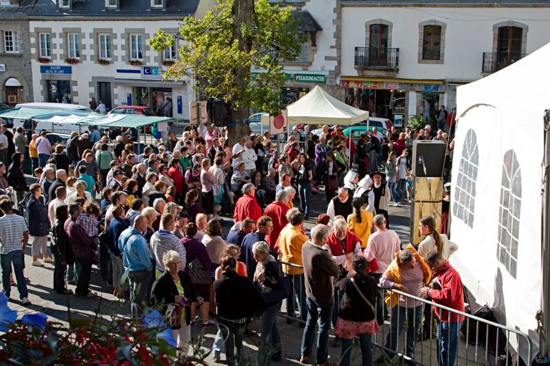 Fête des Fleurs d'Ajonc 2011 Pont2013