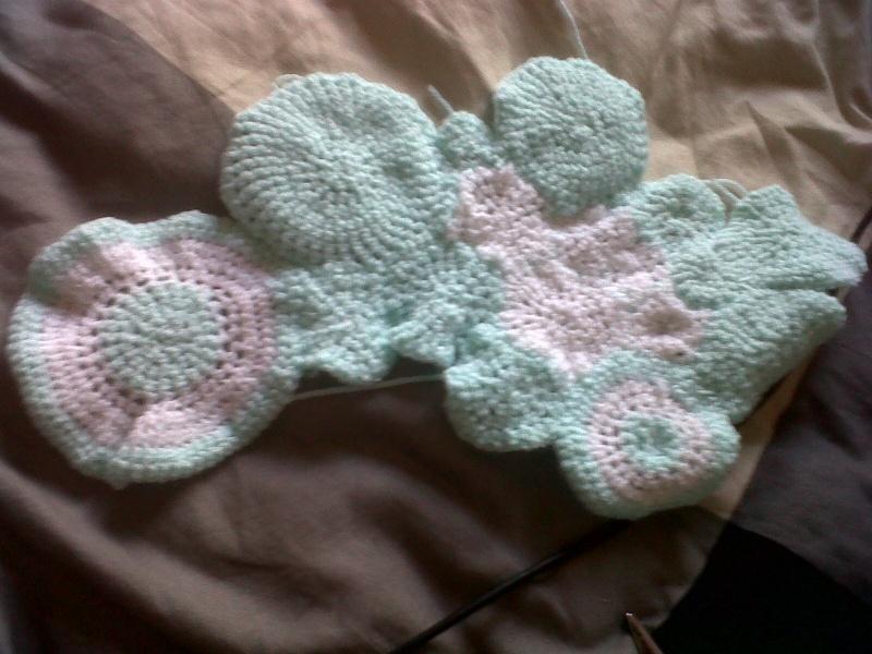 crochet circles baby blanket Img00110