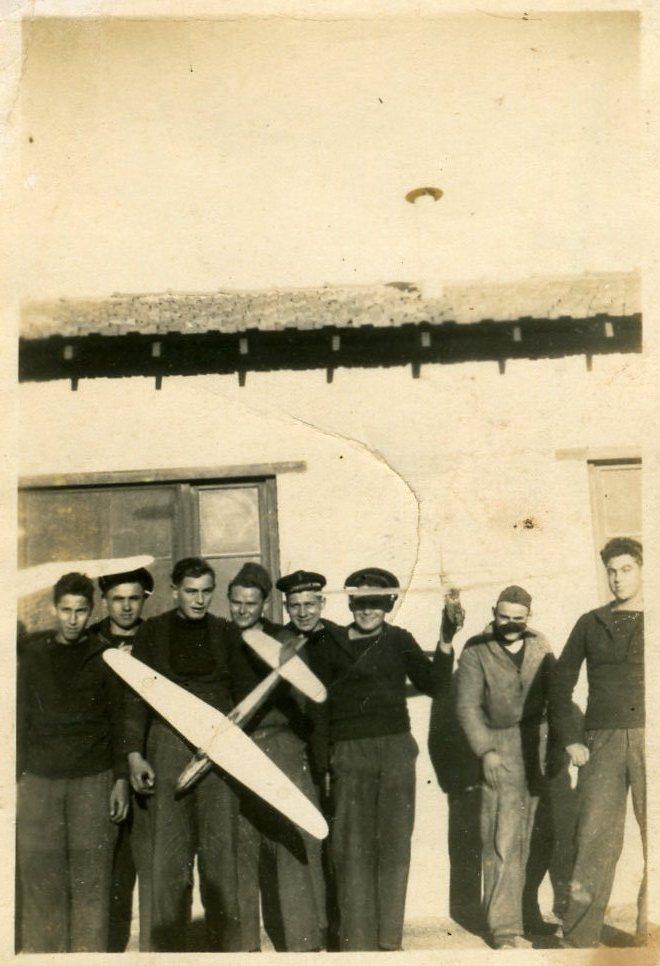 La formation du personnel volant vécue par un engagé de 1944 Ban_la10