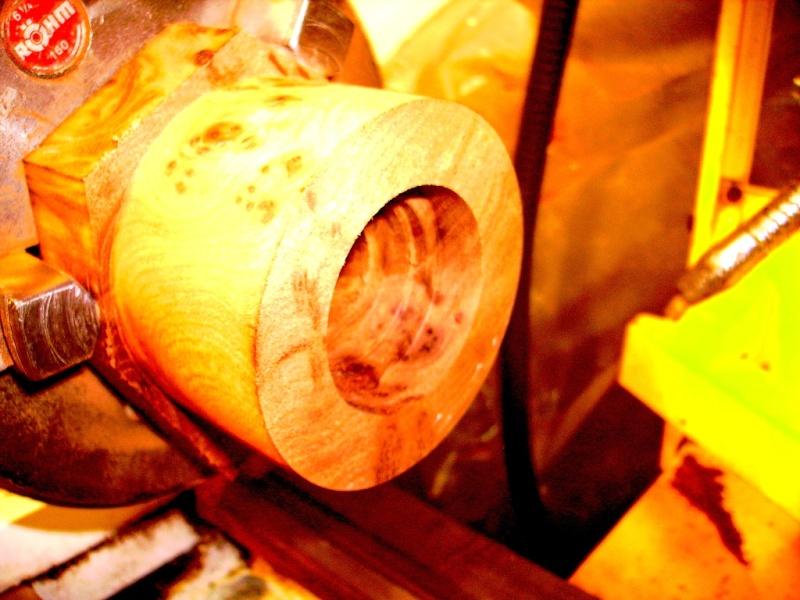 Conception et fabrication d'un boitier en loupe d'orme Imgp0342