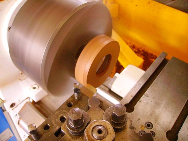 Conception et fabrication d'un boitier en loupe d'orme Imgp0346