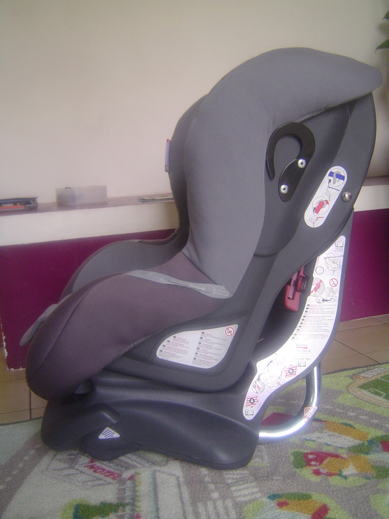 vends si ge auto britax first class si naissance 18 kg. Black Bedroom Furniture Sets. Home Design Ideas